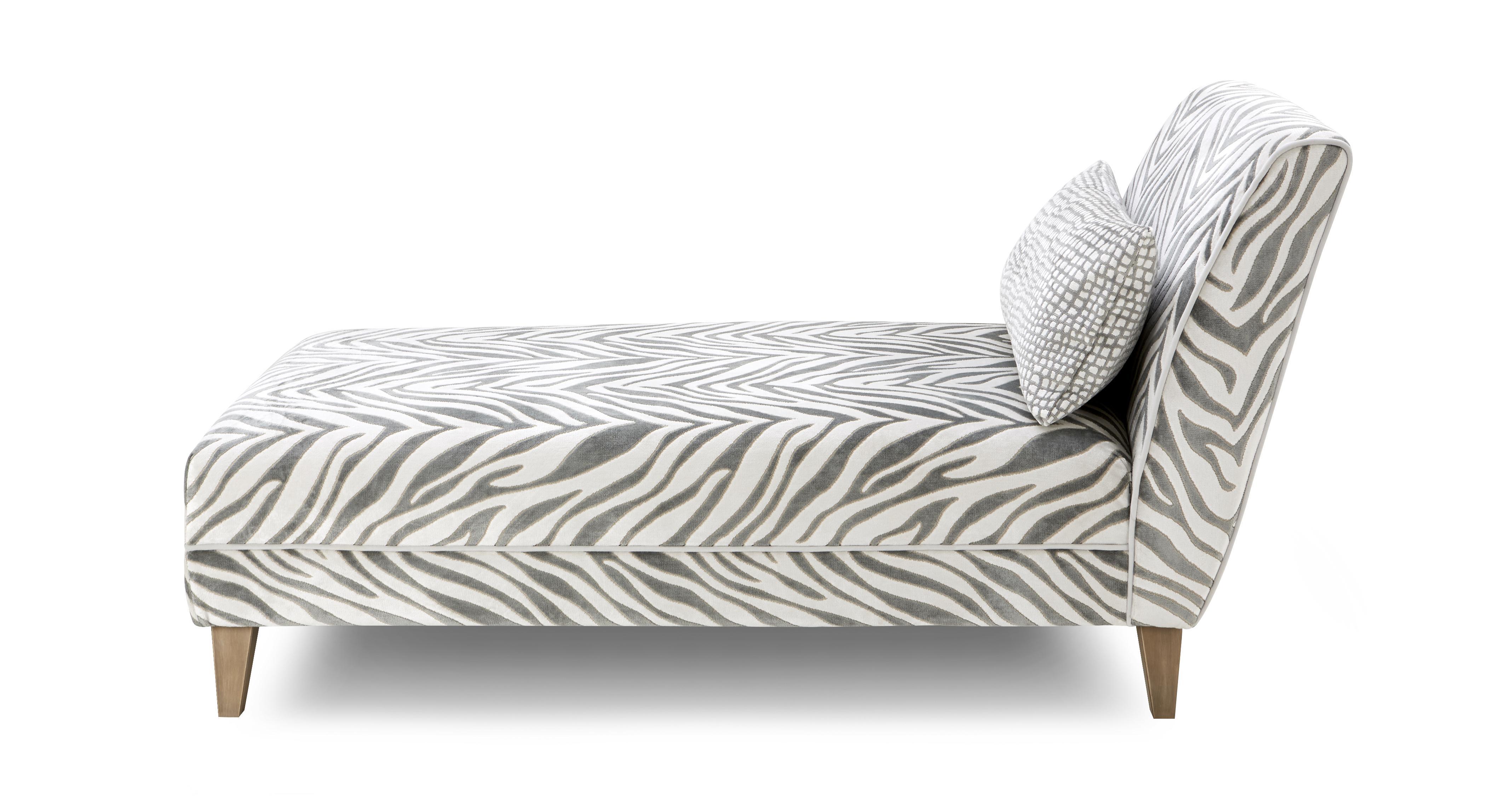 Hampton tiger pattern chaise longue madagascar dfs ireland for Chaise longue dfs