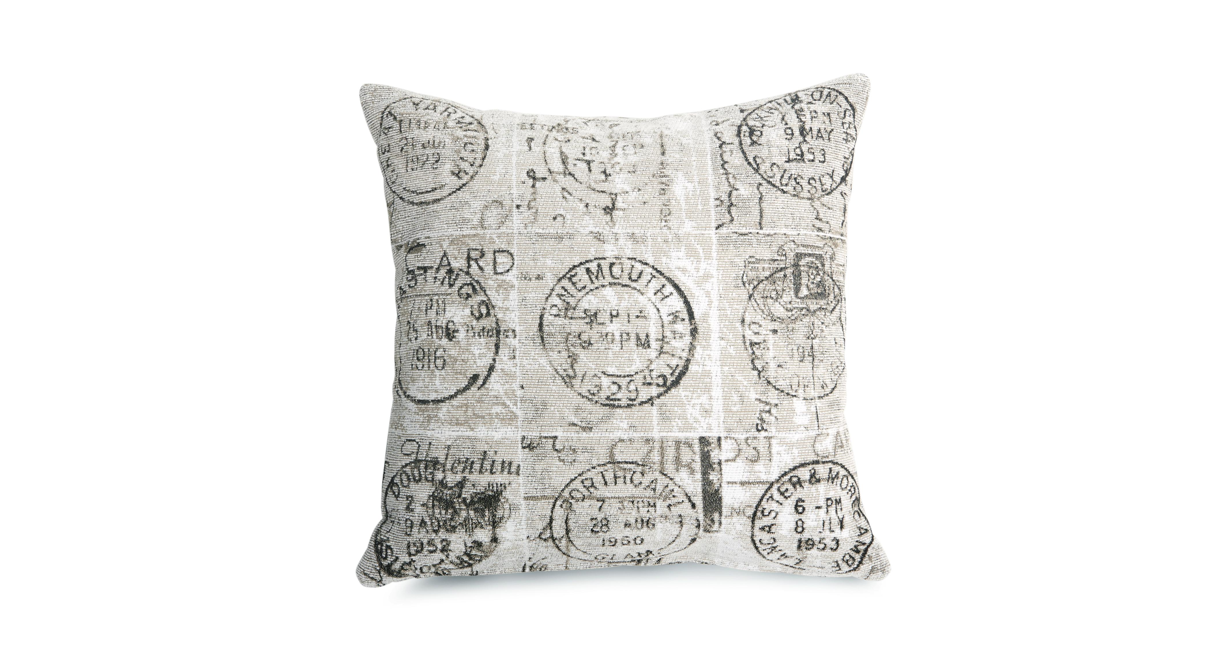 Scatter Cushions & Throws In A Range Styles