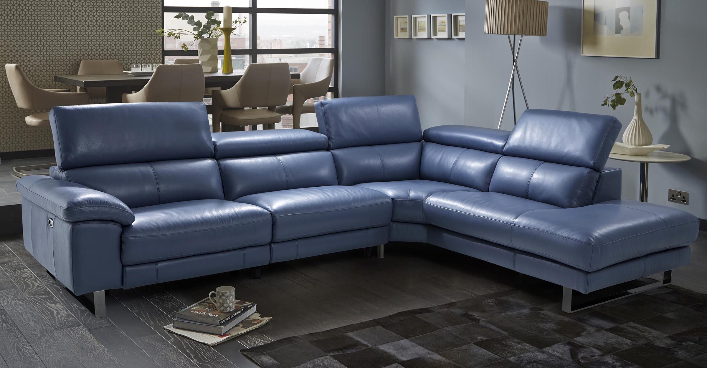 Contemporary and Modern Sofas | DFS