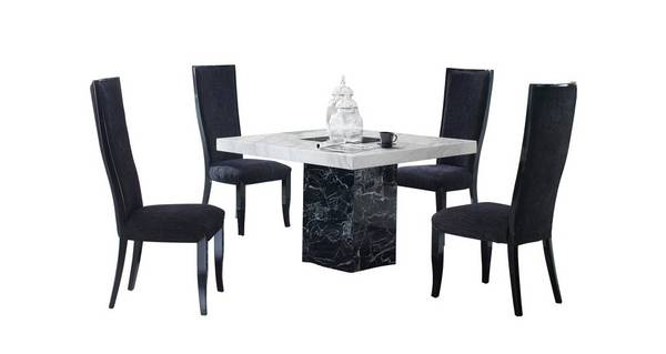 Vienna Square Table and 4 Oslo Chairs